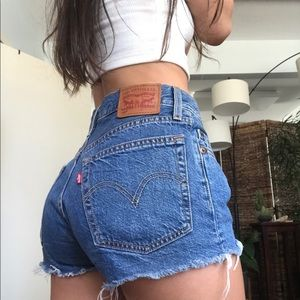 Levis 501 Original Women's Shorts Size 24